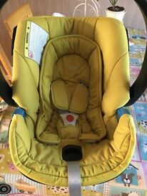 Mamas and papas baby car seat and isofix base