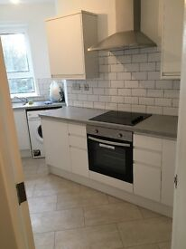 Spacious 2 bedroom top floor flat in the south side of Glasgow