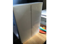 Apple iPad Air 2 16GB Wifi and Cell (3 network) - sealed and never opened