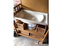 Changing unit/bath