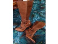 River Island Tan knee high boots, with high heels size 6/39 hardly worn
