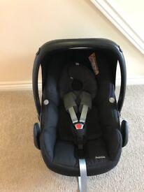 Maxi cosi pebble car seat - black