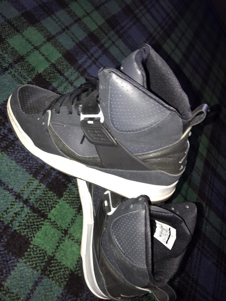 L@@K Jordan trainers 10.5 size UK