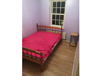 one room to rent in 3 bedroom house