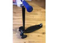 Micro maxi scooter black used
