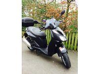 BARGAIN MATTE BLACK APRILIA SPORTCITY 125cc £850