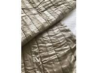 Marks & Spencer Large Bedspread / Throw