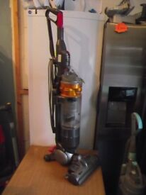 DYSON HOOVER DC18 SLIM ALL FLOORS RE-CONDITIONED COMPLETE WITH TOOLS