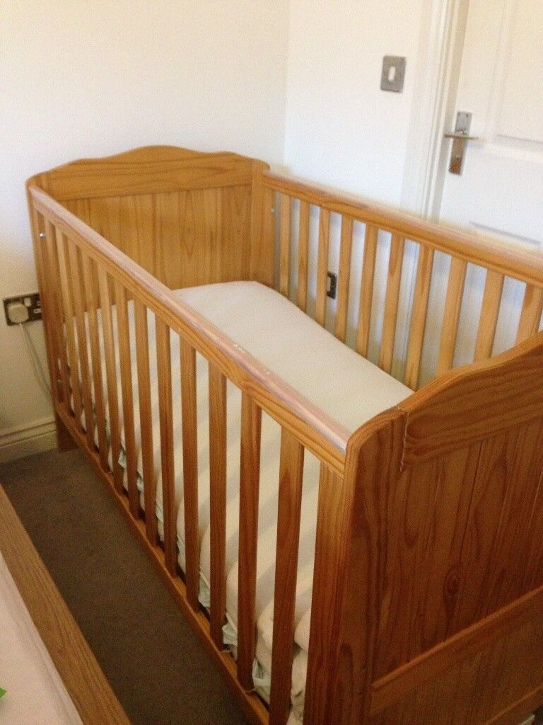 Mothercare Addington Cot-Bed w/ Mattress, Bed Sheet, Mattress Protector & Free Fisher Price Bouncer