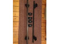 Thule roof bars with lockable foot pack off 2008 Vauxhall Zafira