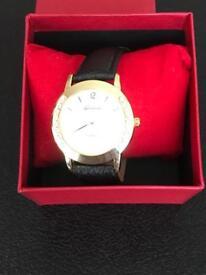 Ladies Geneva Quartz watch With a genuine leather strap new
