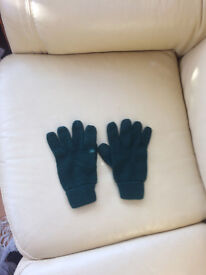 Albyn School gloves, equivalent to adult size small