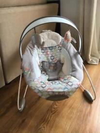 Baby Bouncer - Automatic - Ingenuity automatic bouncer