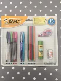 BIC 15 piece stationary set