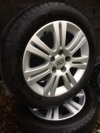"Astra h / zafira b x1 16"" alloy with 205/55/16 very good tyre 07594145438"