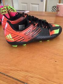 Boys football boots adidas moulders size 5
