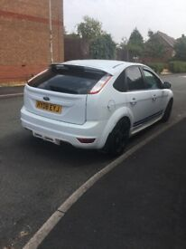 Ford Focus 1.6 white