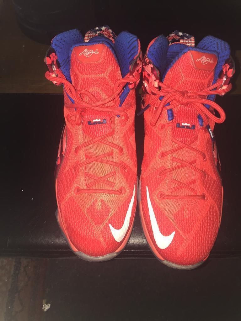 Nike Lebron Basketball Trainers size 6  65832a5b0