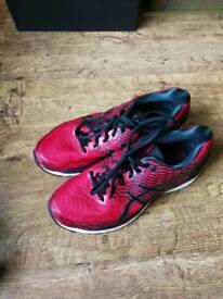 Size 9 Asics Gel-Nimbus 18 - Red