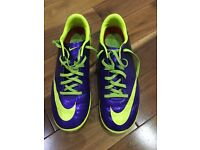 Nike Astro Trainers. Size 5.5. Good condition purple & yellow.