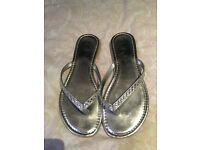 Woman's silver sandal with diamanté straps, size 6