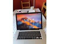 Macbook Pro 15.4 inch - great conditio