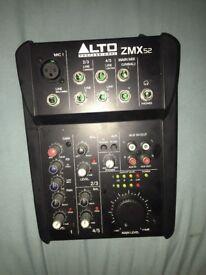 Alto ZMX 52 mixer mixing desk audio