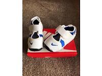 Nike rift infant size 6.5 Uk