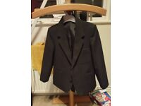 Boys suit jacket - size 6 years