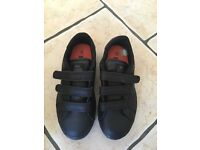 Kids Size 13 Lonsdale trainers