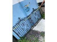 Garden driveway gates