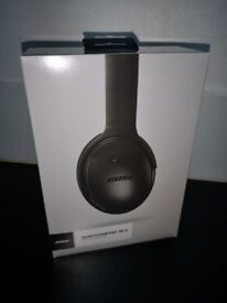 New and Sealed Bose QuietComfort 35 Series II Noise Cancelling Headphones