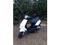 Moped Piaggio Zip 50 2t
