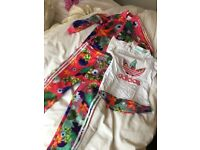 Infants Adidas tracsuits with matching top age 2-3