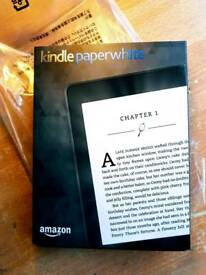 Sealed- Amazon kindle paperwhite in Black