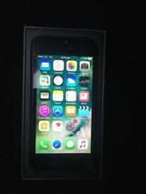 iPhone 5 16GB unlocked on all networks, very good condition comes boxed