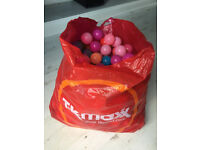 Large Bag Of Childrens Plastic Play Balls For Kids Ball Pool Fun And Games Great Childs Toy idea