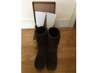 UGG boot, Classic Tall Chocolate, UK size 5, sheepskin