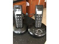 BT GRAPHITE TWIN PHONES WITH ANSWERING MACHINE