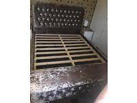 Crush velvet bed with Ottoman box