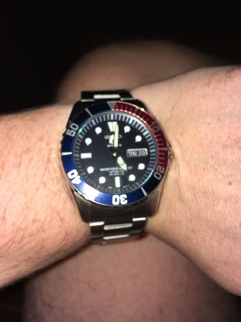 Seiko sport 5 Pepsi bezel 100 mtrin Rugby, WarwickshireGumtree - Seiko sport Pepsi bezel 100 mtr very good condition all boxes instructions and guarantee card purchased this year