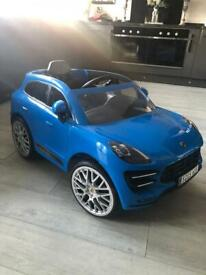 Porsche Macan Turbo 6V SUV Electric Ride On with Remote