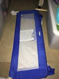 Tomy bed rail in blue