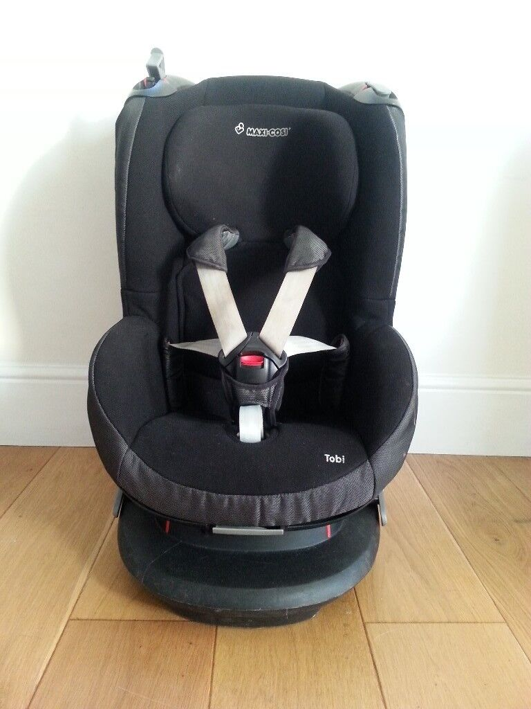 how to put maxi cosi in car with seat belt