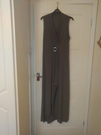 Elegant Roman long length dress size 16 petite