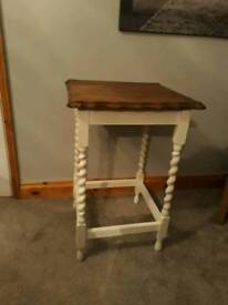 Lovely little barley twist side/hall table upcycled