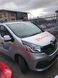 Renault Traffic LWB Sports-