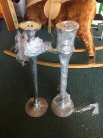 Metal pair candle sticks