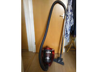 Morphy Richards vacuum cleaner in very good condition
