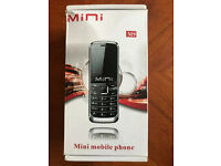 BRAND NEW,M9 Mini MOBILE PHONE GOLD COLOR